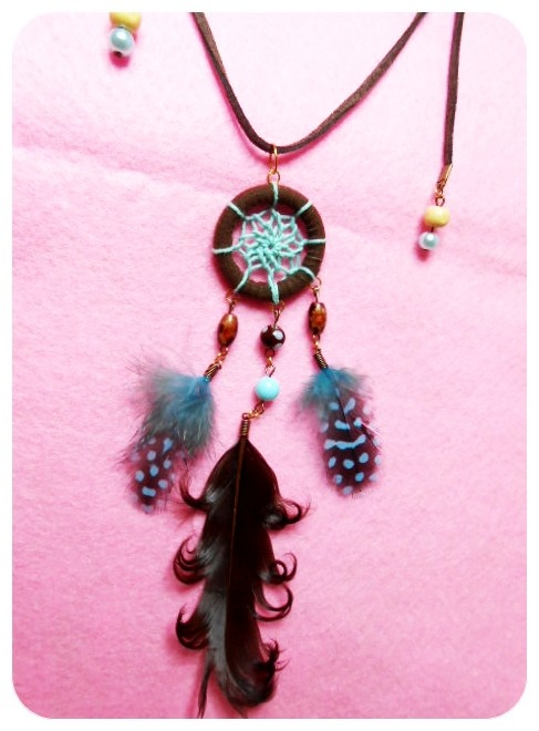 toast with tosca dreamcatcher necklace! SAHKYO! IDR 60000 ^^