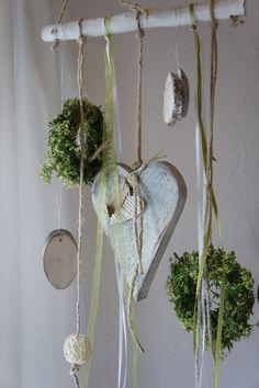 """Fensterschmuck - Fensterdeko """"Herzig...."""" - ein Designerstück von Hoimeliges bei DaWanda"""
