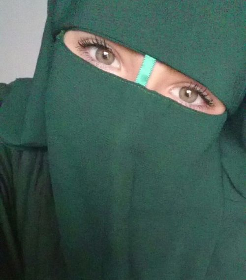 Green Eyes and Green Niqab
