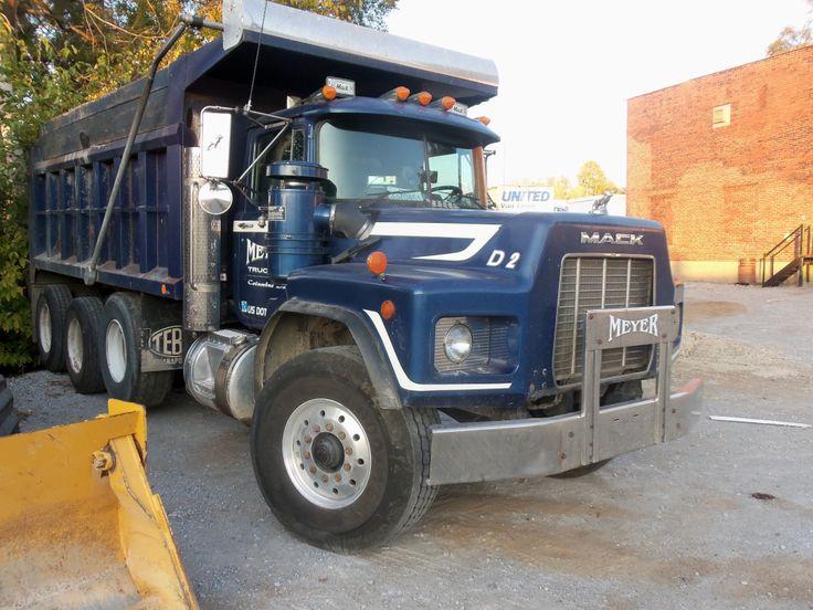 Blue Mack dump truck - HTXINTL
