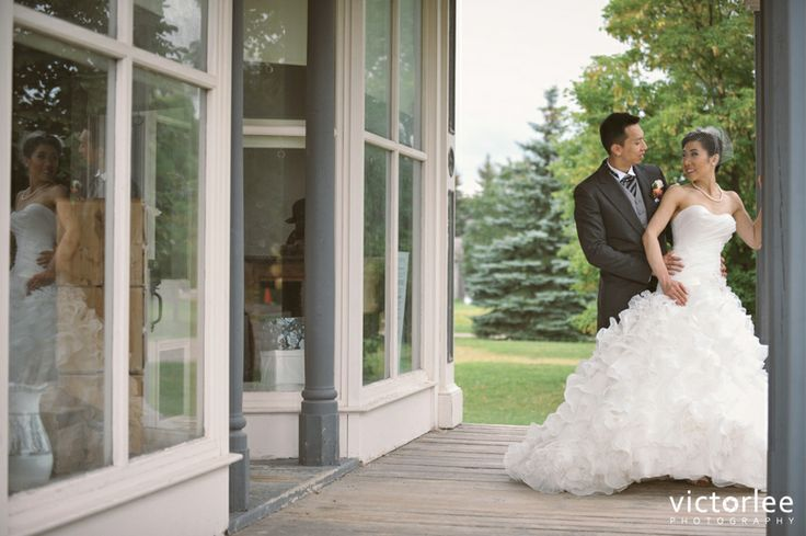 Wedding photography at the Markham Museum. Photo by Victor Lee.