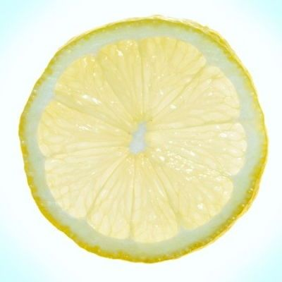 Een lekkere smoothie van citroen? Hoe maak je een lekkere citroensmoothie? Het recept voor een verfrissende drank.