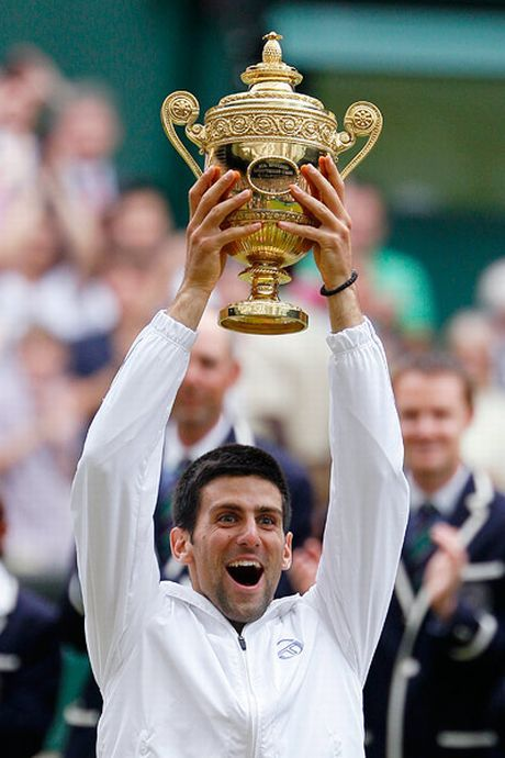 Novak Djokovic and his Wimbledon 2011 trophy! #tennis