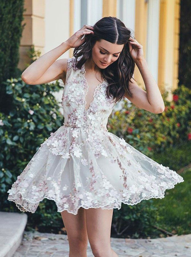 A-Line Homecoming Dress,Floral Homecoming Dresses,V-Neck Sleeveless Homecoming Dresses, Short Homecoming Dress,White Homecoming Dresses,Tulle Homecoming Dress with Appliques,Homecoming Dress
