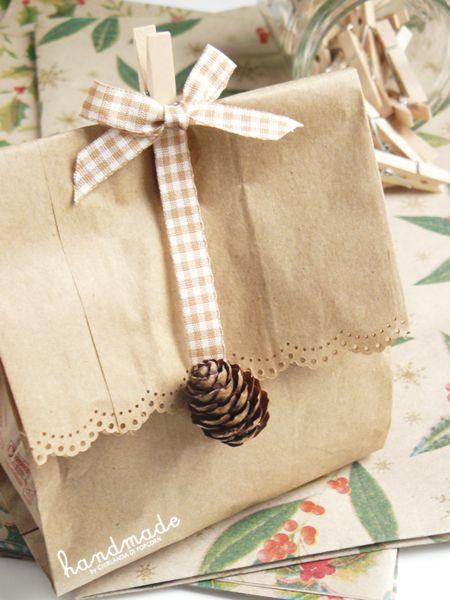 autumn wrapping {acorns & pinecone}