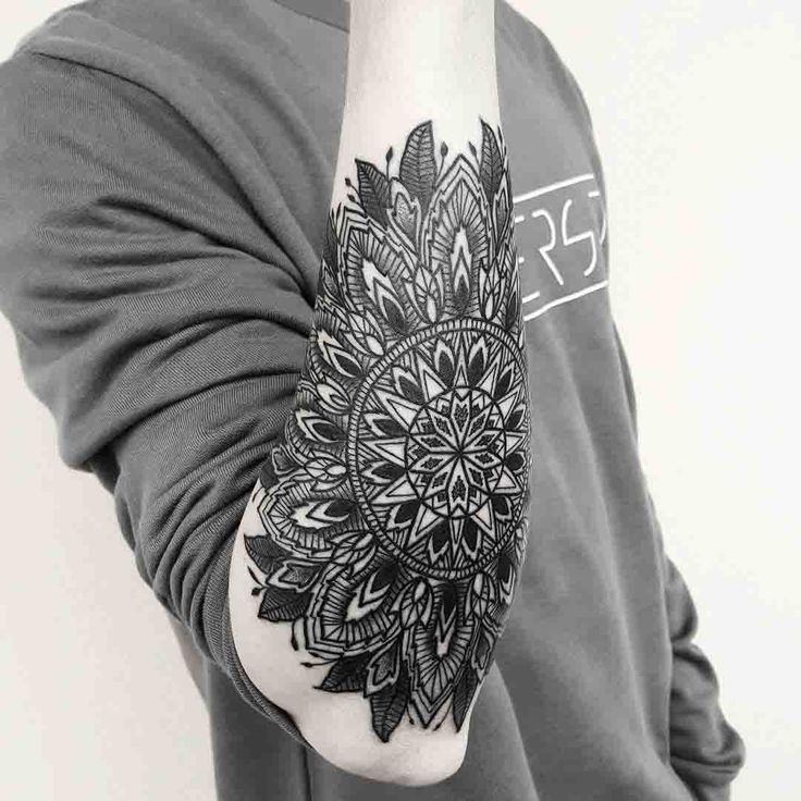 mandala arm tattoo tattoo ideen tattoos f r m nner und. Black Bedroom Furniture Sets. Home Design Ideas