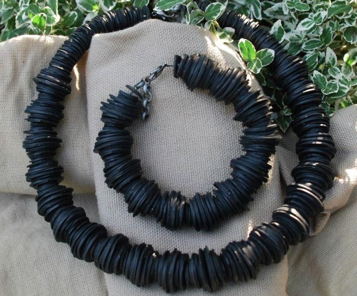 Necklace and bracelet. Innertube
