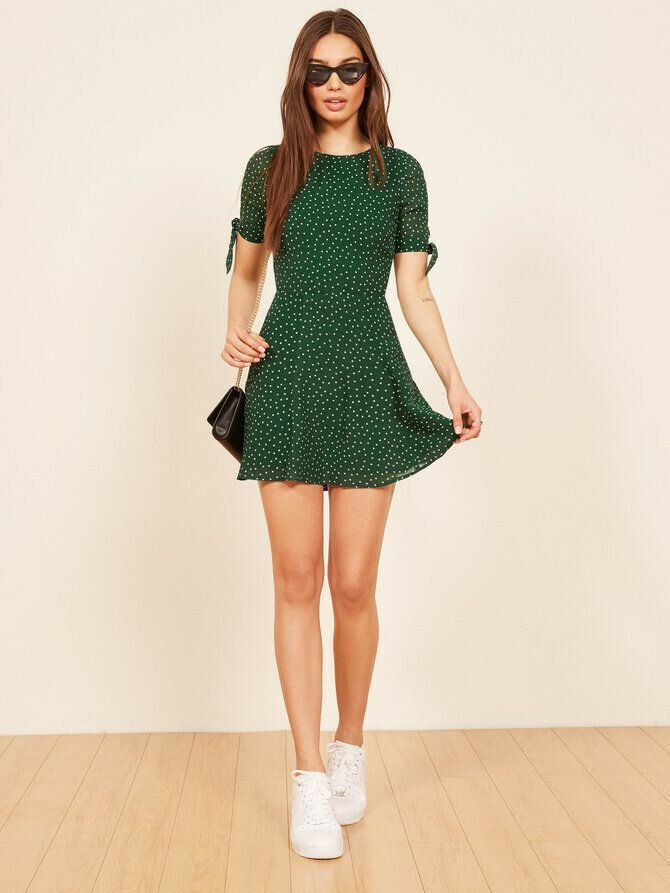 0a34ba18b7e Short pattern dress with white shoes | Clothing in 2019 | Short ...