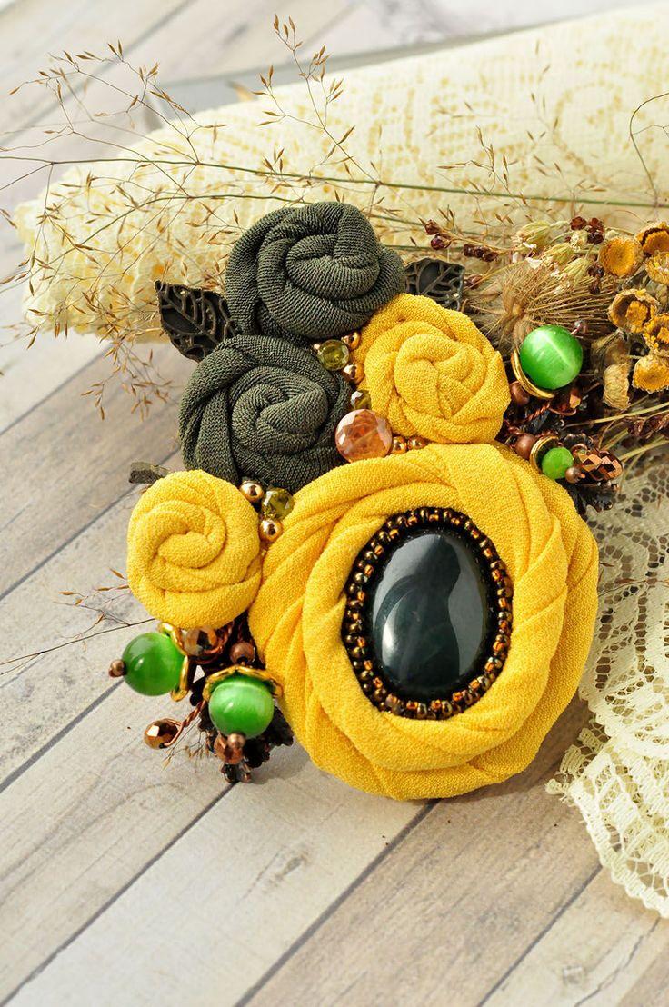 """Купить Брошь """"Лето"""" - комбинированный, брошь, брошь цветок, цветы из ткани, брошь текстиль, подарок"""