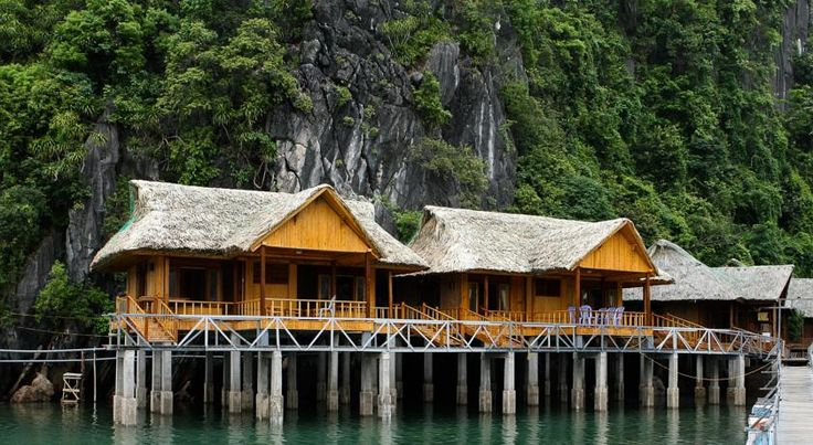 Book best resorts and beach side accommodation in Vietnam  #HotelsVietnam #Vientam #VietnamTourPedia