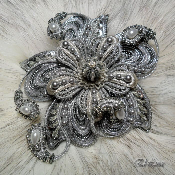 """Gallery.ru / Embroidered Brooch """"silver"""" - embroidery-my work. - El-lina"""