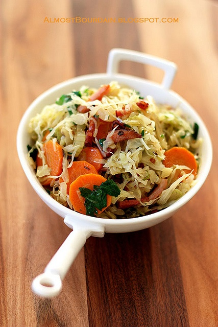 braised cabbage with smokey bacon