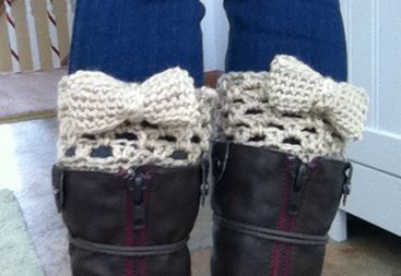 Ravelry: Bow Boot Cuffs pattern by Kim Handzo