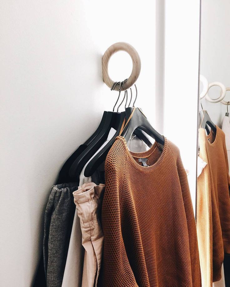 The colours of autumn captured perfectly in @chloe.larkin 's wardrobe.