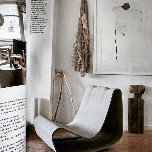 SER TILBAKE. Fint å finne den raude tråden, plukke han opp og gå vidare. :-) From our old house in the norwegian magasin @bonytt 2014. Had such a good time together with stylist @kirstenvisdal and @studiodreyerhensley.  #linbuntpåveggen#stilleben#linen#materials#rawmaterials#trearbeid#woodlove#handmade#terjeresell#driftwood#concretechair#interiordesign#grateful#inspiration#VØLTheidi_bjornsdotter
