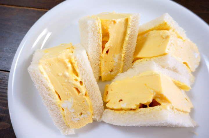 レンジだけで作る喫茶店の「ふわとろ厚焼き卵サンド」で手が止まらない! | &GP