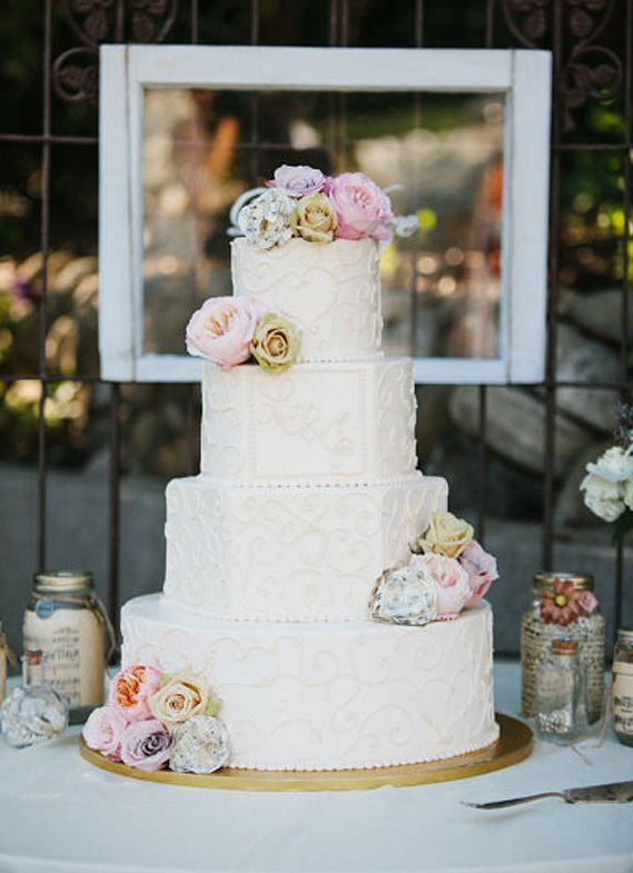 American Idol Winner Lee DeWyze Shared A Four Tiered Cake By Shiffs Cakes With His Bride