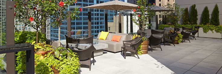 The Loop Chicago Aire Rooftop Seating
