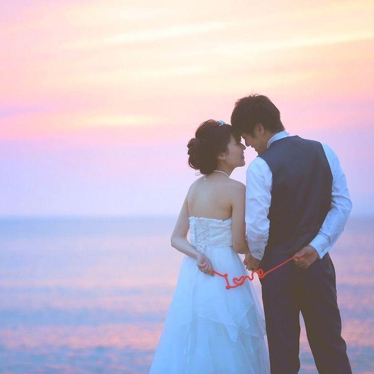 赤い糸と一緒に撮る前撮り写真のポーズまとめ   marry[マリー]