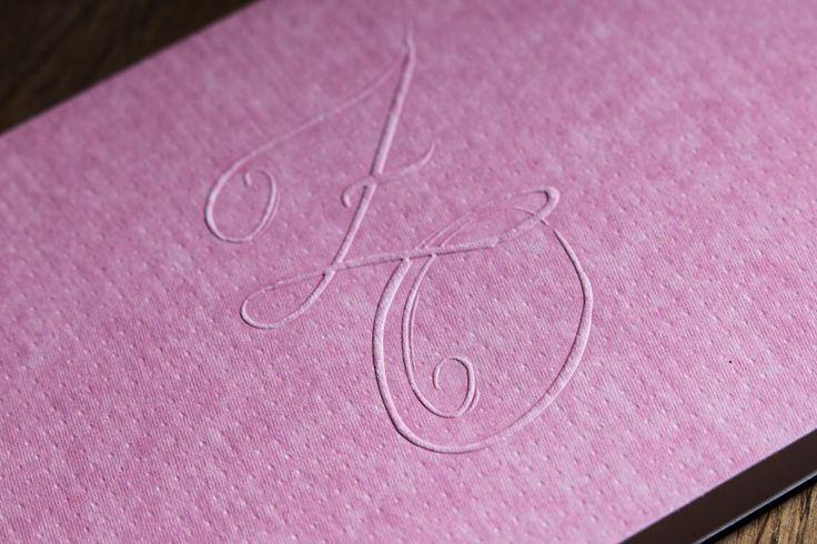 Svatební oznámení se slepotiskem (ražbou)