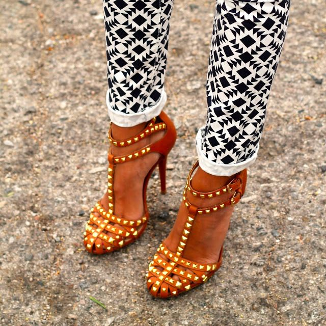 Emmy DE * Zara Studded Sandals