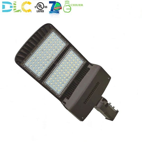 100w 150w 200w 300w Led Pole Light Heads 400 1000 Watt Metal Halide Led Equivalent 120 277 Volt 5000k Daylight Ul Dlc Listed With Images Led Light Pole Headlights