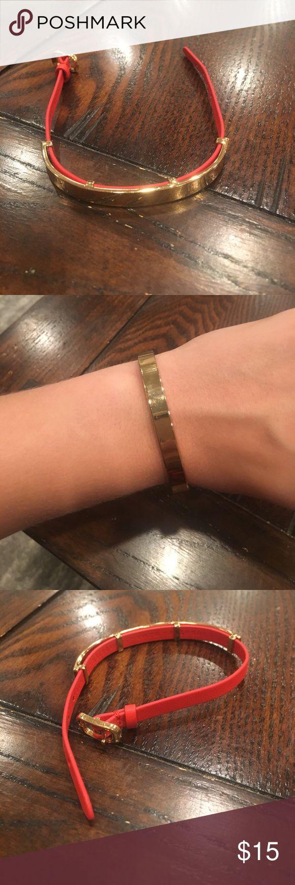 Stella and dot bracelet Adorable Stella and dot bracelet orange with gold plate Stella & Dot Jewelry Bracelets