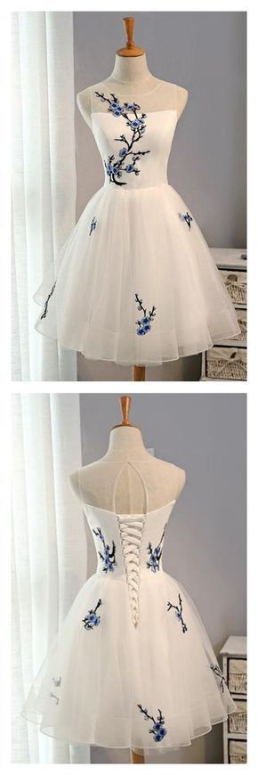 Gorgeous 50's style tulle dress.