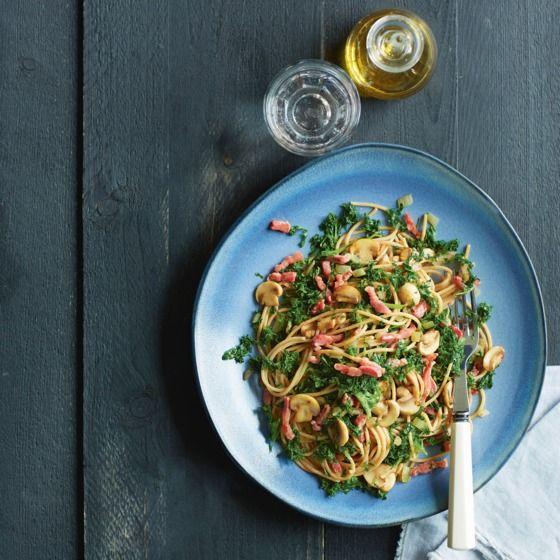 Het recept van de dag is: Spaghetti met boerenkool, champignons en spekjes!