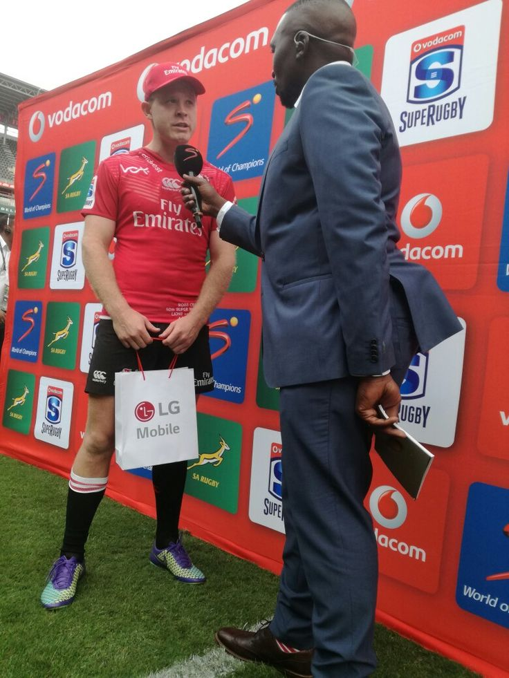 Congratulations to Ross Cronje who was awarded with the man of the match award!  #LeyaTheLion #Liontaiment #Lions4Life #SuperRugby #EmiratesLions #BeThere #MyLionsMoment #LionsPride #LIOvWAR