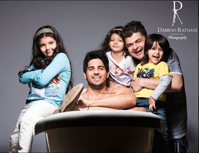 Dabboo Ratnani's Calendar 2016 behind the scenes. #SidharthMalhotra #DabbooRatnaniCalendar2016 #dabbooratnani #dabbooratnaniphotography #celebrities #actor #actress #bollywood #bollywoodactor #bollywoodactress #bollywoodstyle #bollywoodfashion #photoshoot #photooftheday #picoftheday #instadaily #filmywave