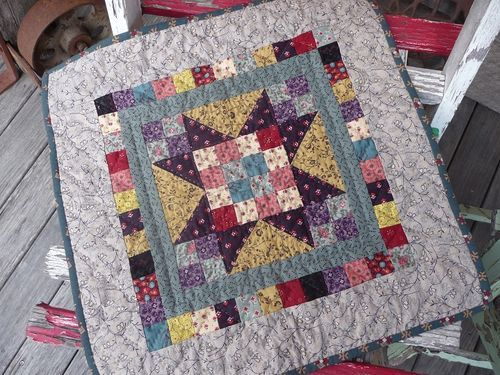 Sweet Pea free pattern from Kathleen Tracy - link included