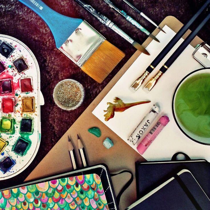 My art essential kit! https://www.instagram.com/fiakarlstrom/