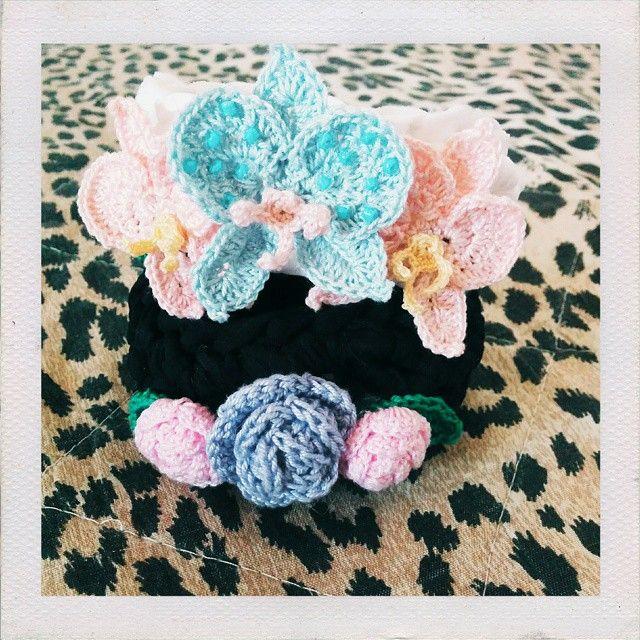 ...and two Blooming Bangles too emojiemojiemoji ~ #instadiy #handmade #crochet #accessory #jewelry #bijoux #bracelet #bangle #flowers #orchid #rose #tshirtyarn #tarn #chubby #etsy #teamSugoiOrDie #BlueberrySoda #buyhandmade #supportcreativity