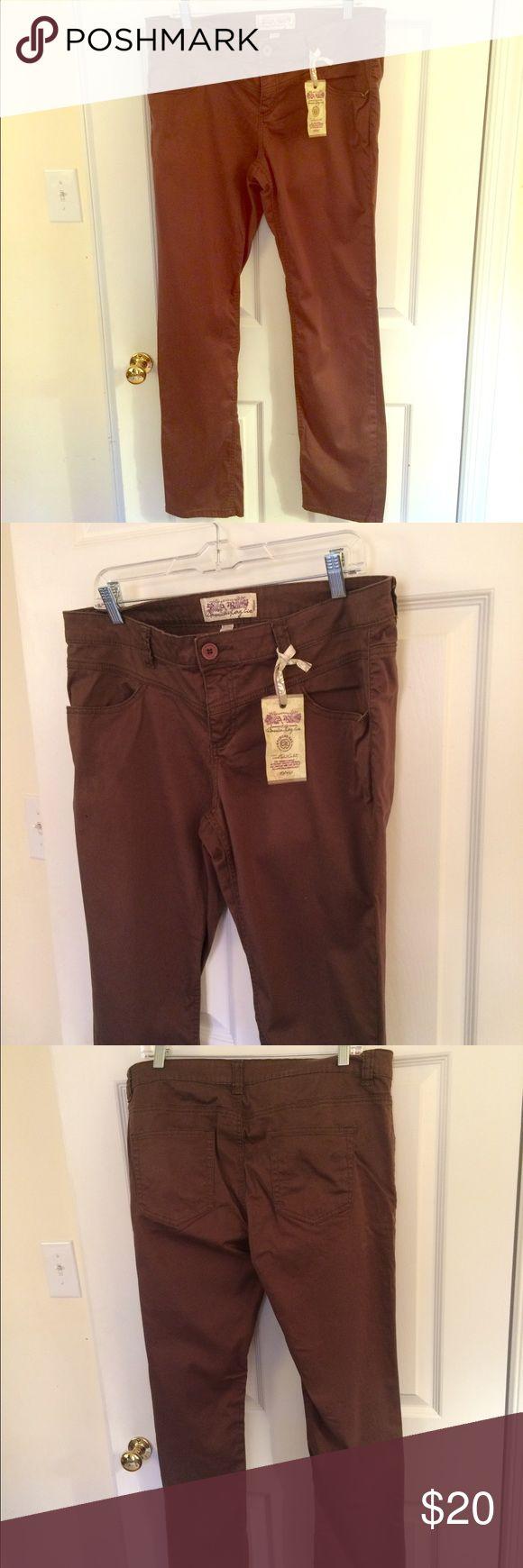 Best 20  Khaki pants for juniors ideas on Pinterest
