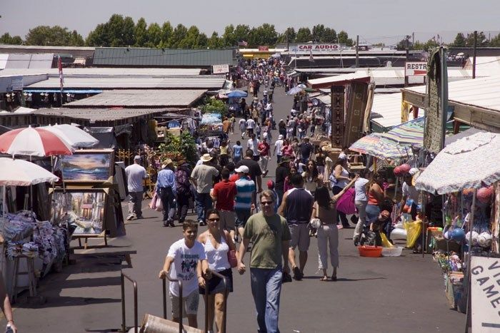 Denio's Roseville Farmers Market - Roseville, California