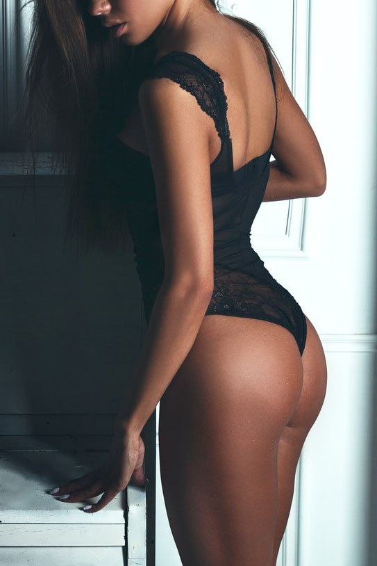 Our Montreal Escorts girls are young ladies who make professional meetings with an awesome Escort Service Montreal. The purpose of our agency is to ensure beautiful meeting between her and you! Try this site http://diamondladie.com/montreal-escorts/ for more information on Montreal Escorts.