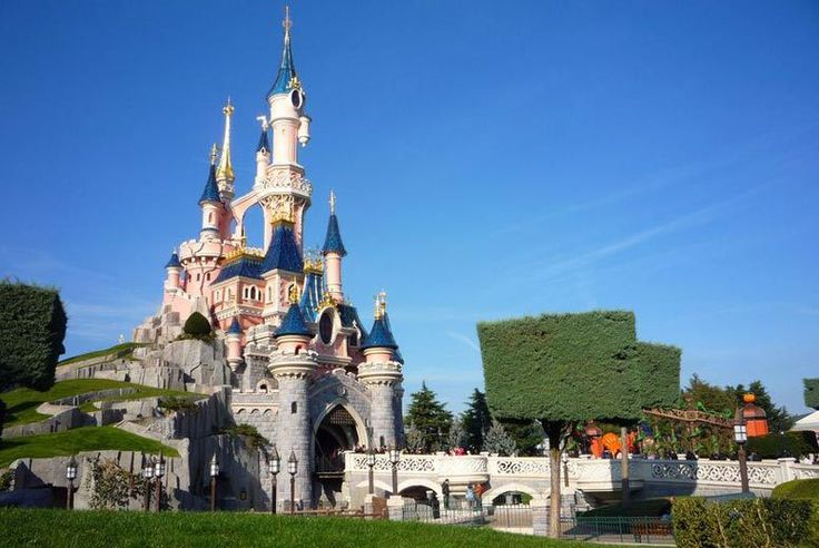 Discount Disneyland® Paris & Flights - Park Shuttle Transfers Included! for just £149.00 Where: Disneyland® Paris, Paris, France.  What's included: Return flights, two-nights at Kyriad Hotel à Disneyland Paris, park shuttle bus, and one day two park tickets.  Travel dates: Travel on selected dates from 1st Nov 2017-31st Mar 2018 (see Fine Print for details).  From: London Gatwick, Manchester, and Edinburgh. BUY NOW for just £149.00