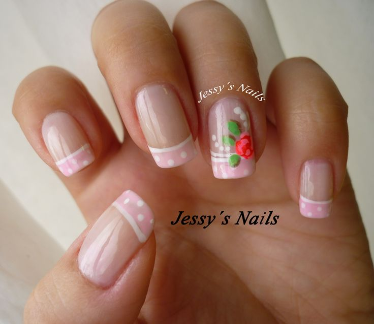 uñas delicadas con puntos y rosas #nailart #nail #roses #pink