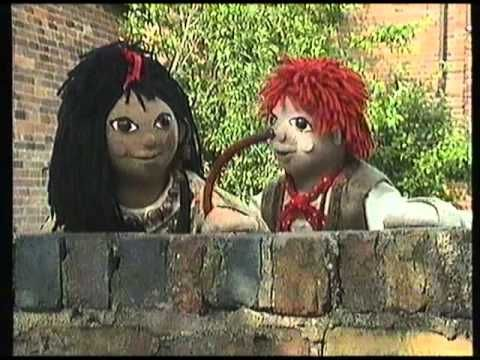 Rosie and Jim is a classic childrens' TV show set upon the canals of England.