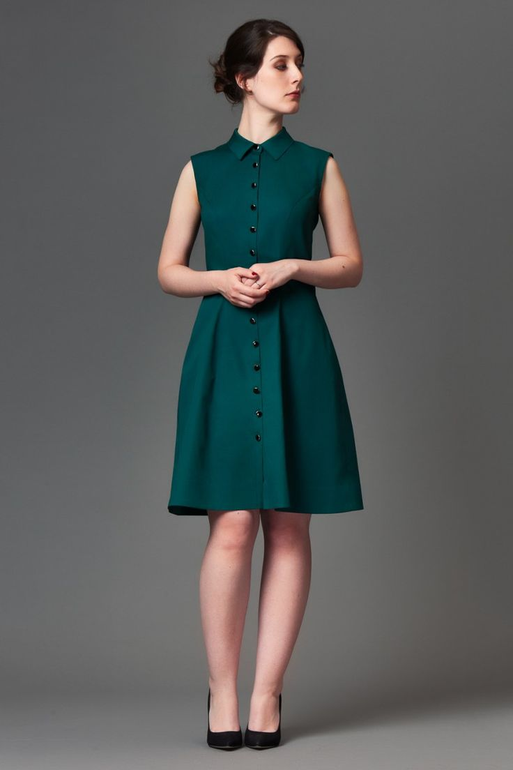 Shirtdress with princess seams. Version A is sleeveless, version B has cap sleeves and a bow detail at the back waist. The pattern envelope contains a full size pattern and a detailed instruction booklet. The PDF pattern contains a full size printable pattern (A0 and A4/US letter formats) and a detailed instruction file.