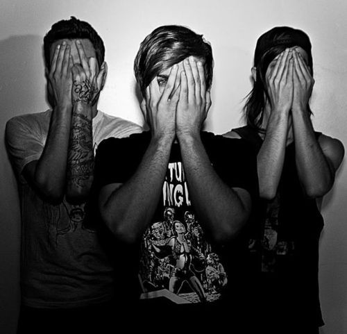 my friend ian said i should check out ghost town and there amazing one of my favorite bands now :)