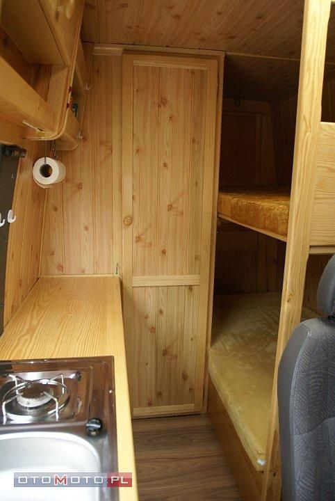 Bunk Beds In Conversion Van Campers W Drogę Pinterest