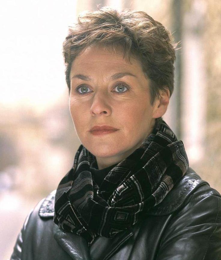 Amanda Burton in SILENT WITNESS.