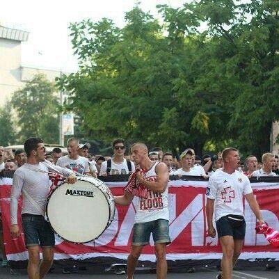 Волинь - Шахтар 23.07.2015 Об'єднаний марш фанатів. Volyn Lutsk - Shakhtar Donetsk 23.07.2015 Ukrainian Premiere League. United march fans of both teams. #ultras #volynultras #ultrasshakhtar #fcshakhtar #fcvolyn #fcvl #fcsd #ultras_ukraine #ультрас #фквл #фкшд