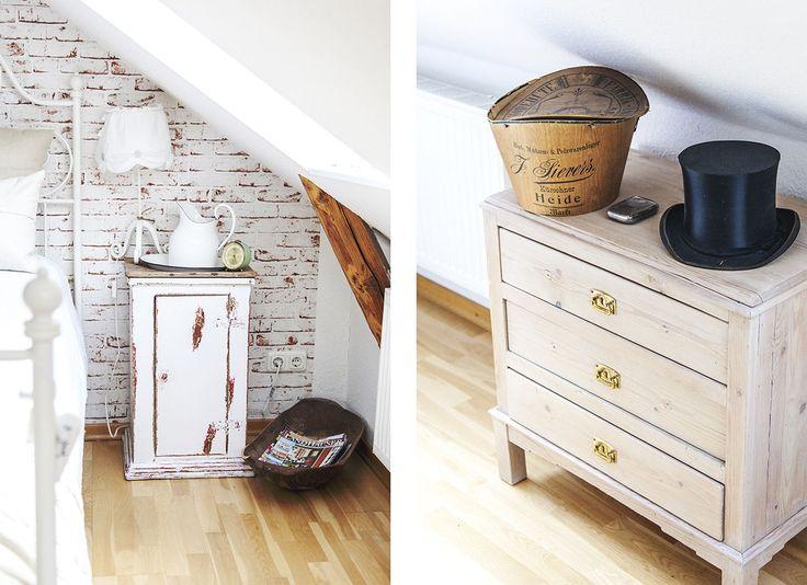 So wohnt der Norden: Auf Zeitreise mit Dagmar aus Husby - Förde Fräulein Shabby-Chic Vintage Antik Kreidefarbe Wohnen Interior NAchttisch Schlafzimmer Zylinder