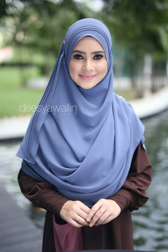 RUMAISA PLEATED SHAWL  CODE : DHRPS 004 MATERIAL : Georgette Chiffon  APPROX : 1.8 meter x 28 inchi   * Kindly PM us for purchase . tqvm