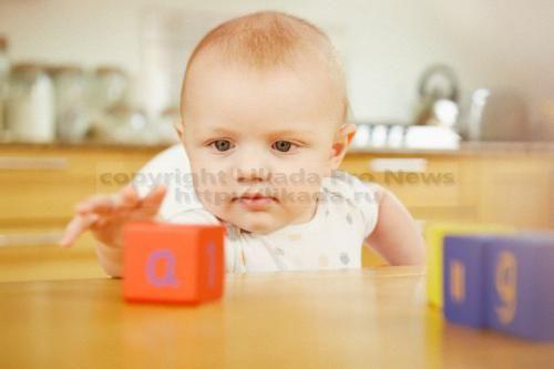 Обычные кубики, по-видимому, всё-таки полезнее для развития ребёнка, нежели электронные гаджеты.  Хотя старые детские игрушки, вроде кубиков с буквами или раскладных книжек, никуда пока не делись, их ощутимо теснят игрушки нового поколения, нашпигова...  #смысле, #делись, #детей, #игрушки,  #Likada #PRO #news #новость