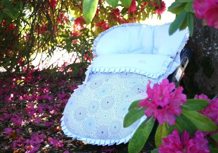 Para mamis menos tradicionales os propongo este precioso conjunto para saco grupo 0 o maxicosi en colores muy vivos y alegres! #maternidad #bebes #modainfantil #babies #unikkobebes