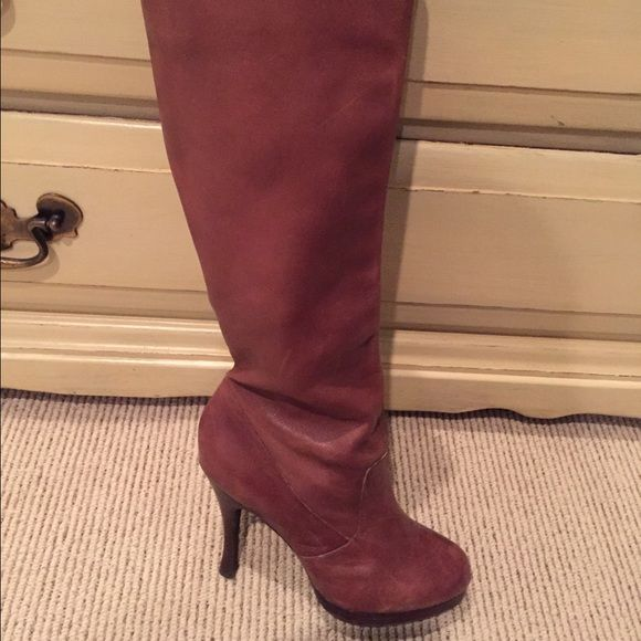 BCBG tall brown boots BCBG tall brown boots. Worn twice. Really hot boots on! Size 6 but they fit me and I'm 6.5. BCBGeneration Shoes Heeled Boots